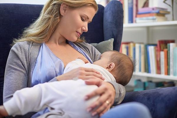 a fogyás oka a szoptatás alatt
