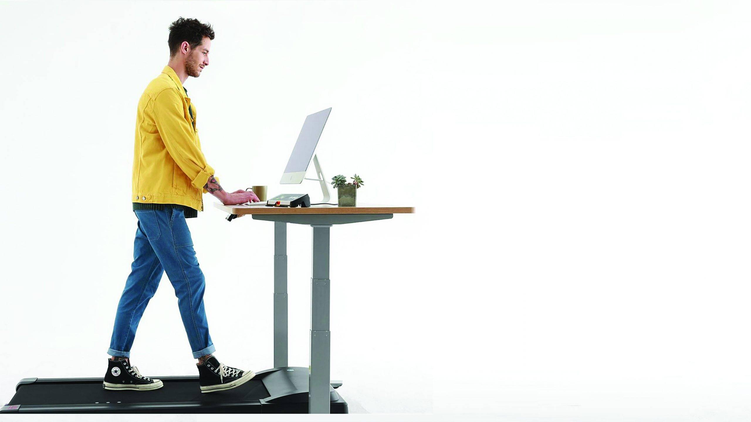fogyókúra álló íróasztalok)