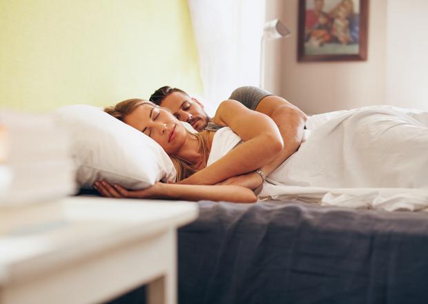 hogyan ne fogyjon el alvás közben